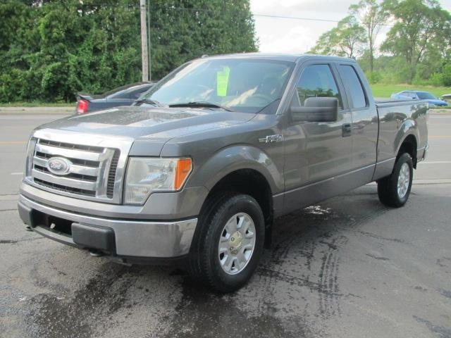 2010 Ford F-150 XL SUPERCAB 6.5-FT.