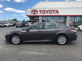 Used 2018 Toyota Camry LE for sale in Cambridge, ON