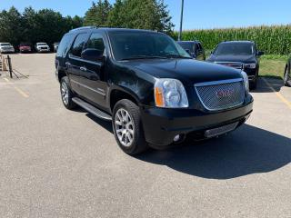 Used 2011 GMC Yukon Denali for sale in Waterloo, ON