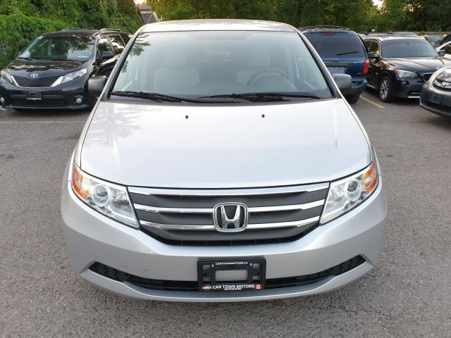 2013 Honda Odyssey LX Photo2