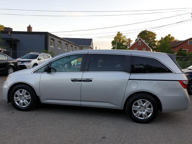 2013 Honda Odyssey LX Photo8