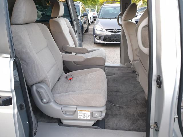 2013 Honda Odyssey LX Photo14
