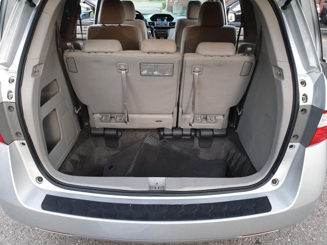 2013 Honda Odyssey LX Photo21