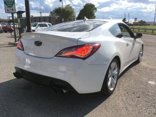 Used 2013 Hyundai Genesis Coupe Premium for sale in Scarborough, ON