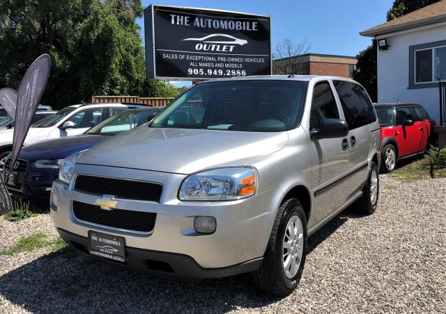 2005 Chevrolet Uplander 7 pasangers LOW KMS ONE OWNER DVD NO ACCIDENT