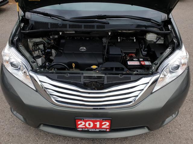 2012 Toyota Sienna LIMITED Photo28