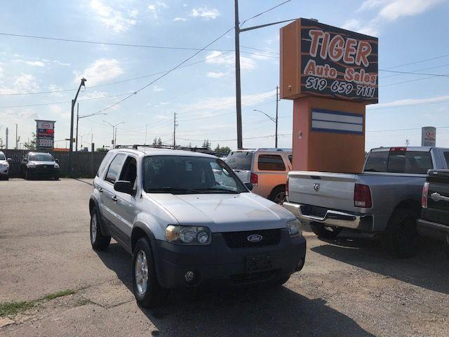 2005 Ford Escape XLT**4WD**ALLOYS**RUNS WELL**AS IS SPECIAL
