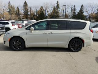 Used 2019 Chrysler Pacifica Touring-L Plus for sale in Calgary, AB