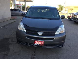 Used 2005 Toyota Sienna 4 Dr Auto 7 Passenger for sale in Etobicoke, ON