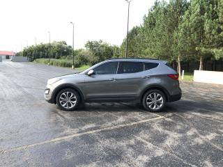 Used 2014 Hyundai Santa Fe Sport 2.0T AWD for sale in Cayuga, ON