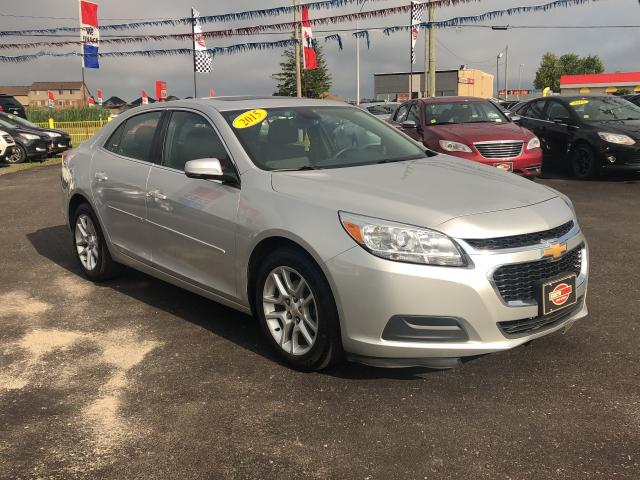 2015 Chevrolet Malibu LT/LEATHER/ROOF/BACKUP CAM/BIG SCREEN