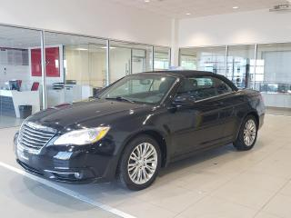 Used 2013 Chrysler 200 Cabriolet 2 portes Tourisme for sale in Beauport, QC