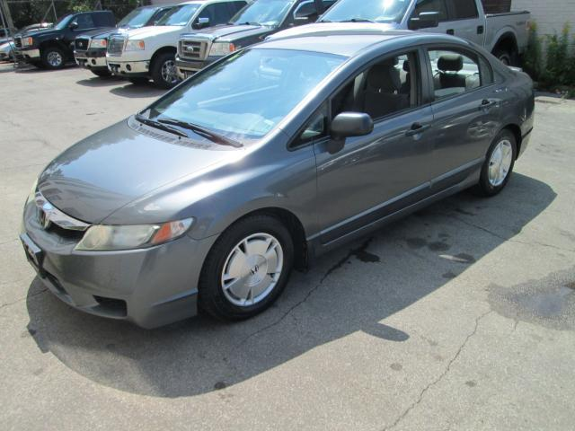 2009 Honda Civic DX-G 1.8L FWD Detailed clean| Drives great.