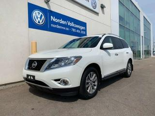 Used 2015 Nissan Pathfinder SL 4WD - LEATHER / HEATED SEATS for sale in Edmonton, AB