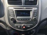2016 Hyundai Accent SE 5-Door 6A