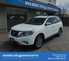 Used 2013 Nissan Pathfinder SL/Leather/Heated Seats/All Wheel Drive for sale in Niagara Falls, ON