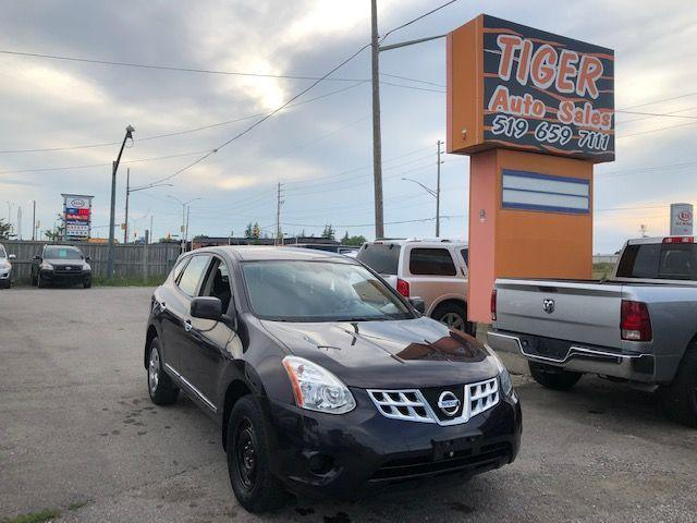 2012 Nissan Rogue S**4 CYLINDER**TRANSMISSION ISSUE**AS IS SPECIAL