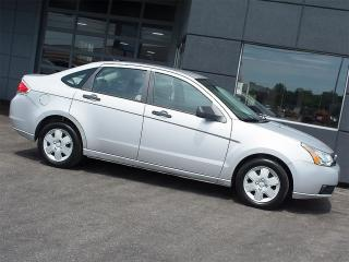 2009 Ford Focus S|5 SPEED MANUAL|AIR CONDITIONING