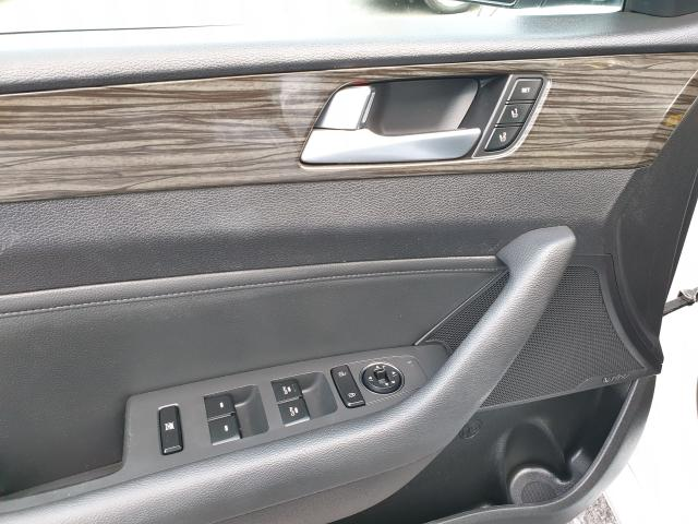 2015 Hyundai Sonata 2.4L Limited Photo25