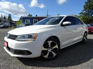 Used 2012 Volkswagen Jetta Highline TDI DSG Leather Sunroof Bluetooth Certified for sale in Guelph, ON