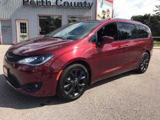 Used 2018 Chrysler Pacifica Touring-L Plus for sale in Mitchell, ON