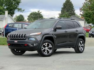 Used 2015 Jeep Cherokee 4X4 3.2L + NAV + CUIR + 10K D'OPTIONS! for sale in Magog, QC