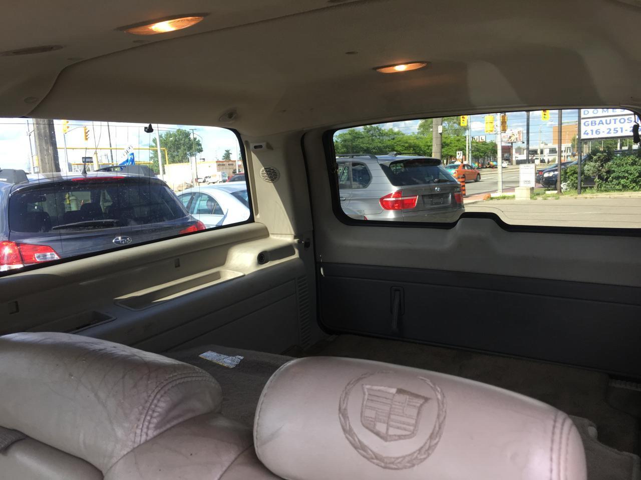 2003 Cadillac Escalade ESV