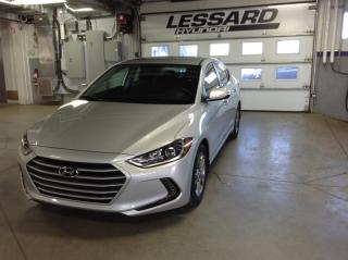Used 2017 Hyundai Elantra Berline 4 portes, boîte automatique, GL for sale in Québec, QC