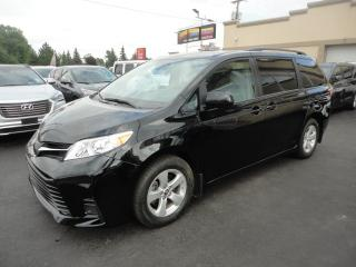 Used 2019 Toyota Sienna LE 8 Pass Navi Portes Elec Camera a vend for sale in Laval, QC