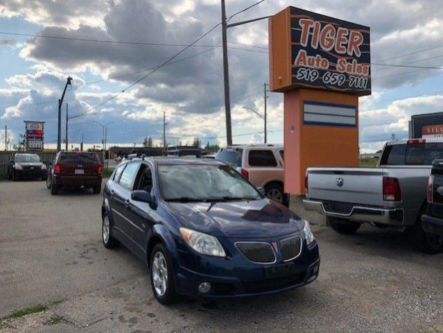 2005 Pontiac Vibe ALLOYS**SUNROOF**PWR WINDOWS**AS IS SPECIAL