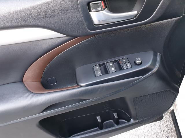 2015 Toyota Highlander XLE Photo27