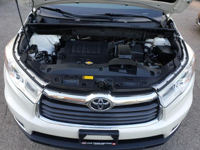 2015 Toyota Highlander XLE Photo31