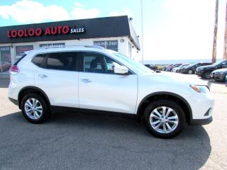 Used 2015 Nissan Rogue SV AWD CAMERA SUNROOF CERTIFIED 2YR WARRANTY for sale in Milton, ON