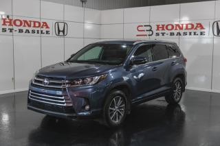 Used 2018 Toyota Highlander XLE + AWD + CUIR + NAVI + CAMERA + WOW ! for sale in St-Basile-le-Grand, QC