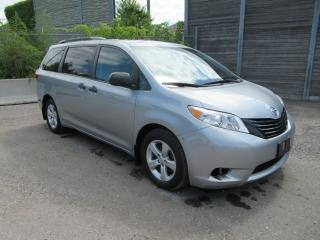 Used 2015 Toyota Sienna 2015 Toyota Sienna - 5dr 7-Pass FWD for sale in Toronto, ON