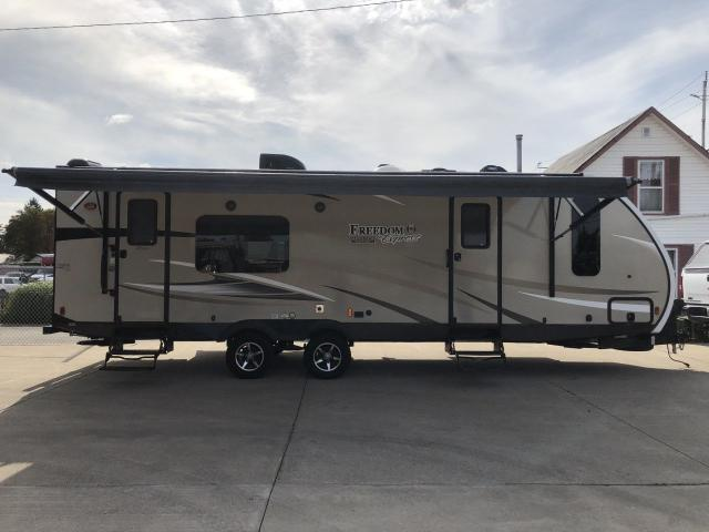 2017 COACHMAN FREEDOM EXPRESS 276RKDS Maple Leaf Edition By Forest River
