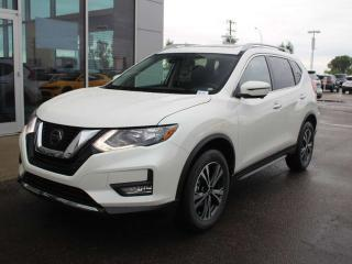 Used 2020 Nissan Rogue SV TECH PACKAGE 360 BACKUP CAMERA, NAVIGATION, HEATED SEATS, PANORAMIC SUN ROOF for sale in Edmonton, AB