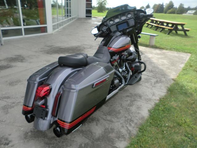 2020 Harley-Davidson CVO FLHXSE STREET GLIDE
