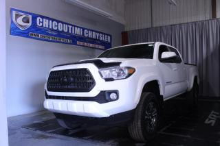 Used 2016 Toyota Tacoma SR5 Double Cab V6 4RM BA for sale in Chicoutimi, QC
