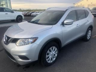 Used 2016 Nissan Rogue S, TA, A/C, CAM DE RECUL, 1.9% for sale in Lévis, QC