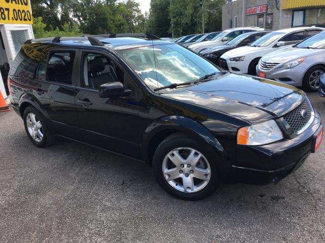 2007 Ford Freestyle LIMITED/ 6 SEATER/ NAVI/ LEATHER/ SUNROOF & MORE!