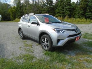Used 2018 Toyota RAV4 LE AWD for sale in Beaverton, ON