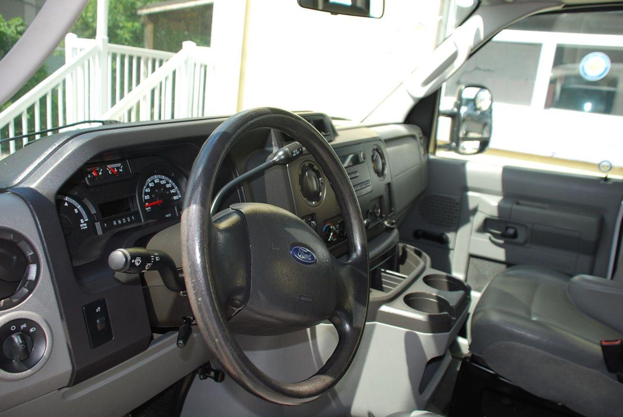 2011 Ford E250