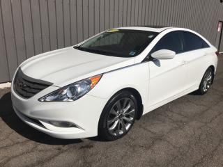 Used 2013 Hyundai Sonata Limited SUNROOF   ALLOYS   AC + POWER OPTIONS   GREAT CONDITION! for sale in Charlottetown, PE