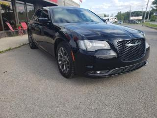 Used 2016 Chrysler 300 300S AWD for sale in Châteauguay, QC