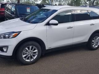 Used 2018 Kia Sorento LX Turbo; BLUETOOTH, BACKUP CAM, HEATED SEATS AND MORE for sale in Edmonton, AB