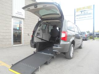Used 2015 Chrysler Town & Country Touring-L -Wheelchair Accessible Rear Entry-Manual for sale in London, ON