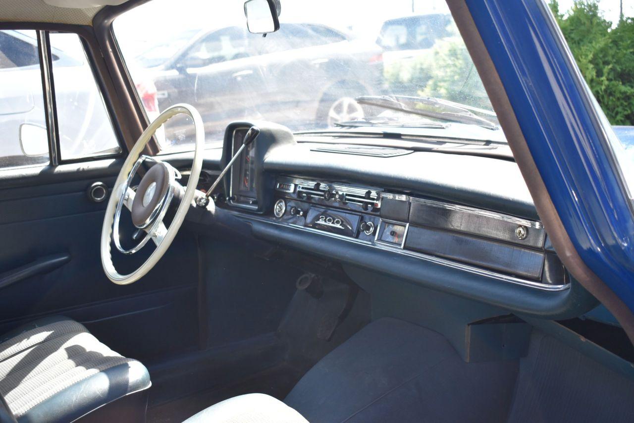 1967 Mercedes-Benz 200S