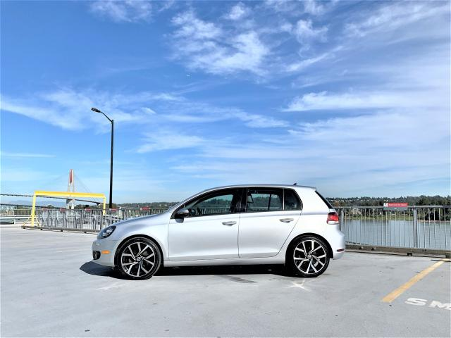 2012 Volkswagen Golf Highline + NAV + NEW 18' GTI WHEELS