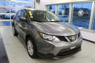 Used 2018 Nissan Qashqai S AWD CAMÉRA MAIN LIBRE for sale in Lévis, QC
